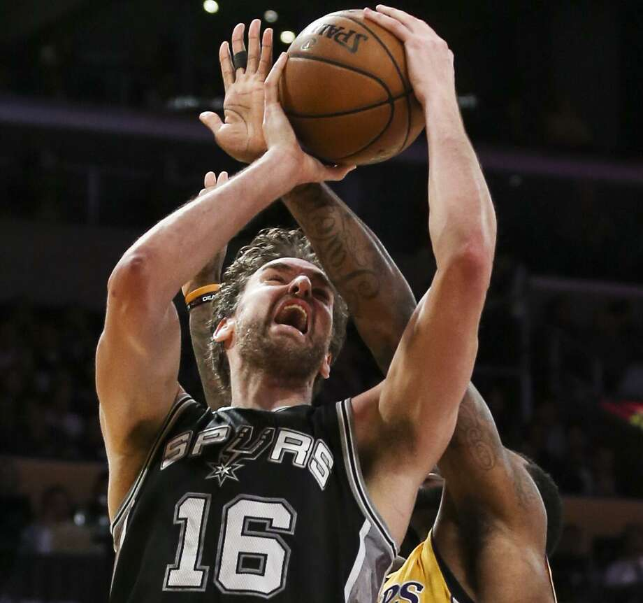 The Spurs are blessed with the depth to make up for the injury absence of center Pau Gasol. Photo: Ringo H.W. Chiu /Associated Press / FR170512 AP