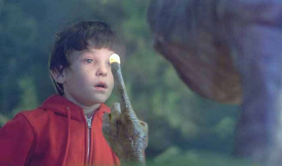 E.T.: The Extra Terrestrial (1982)Henry Thomas ' naturalistic, emotional performance as Elliot got the world believing in E.T. - and sobbing when the alien's life was in peril. It was the highest grossing movie of the year and remains one of the biggest box office hits of all time.