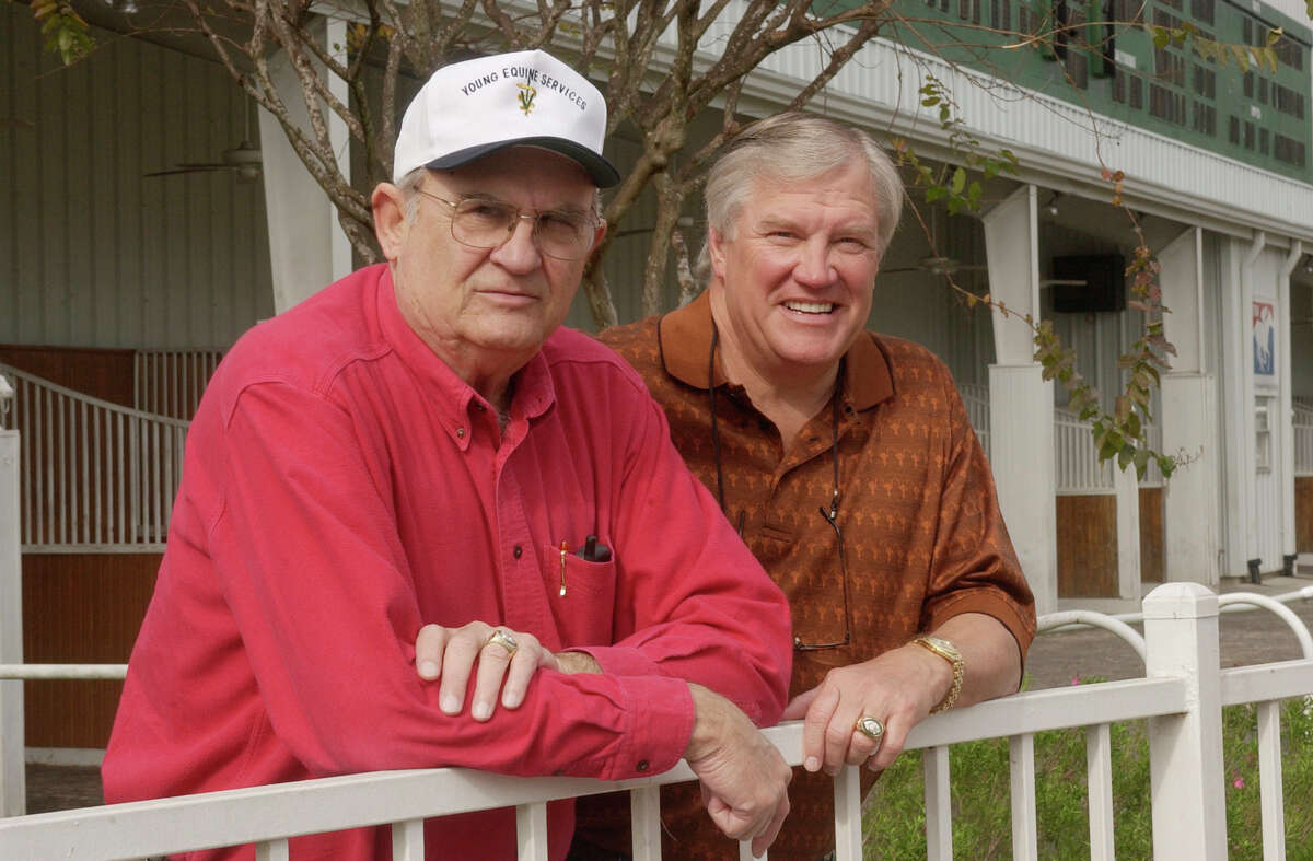 Pete Lammons (right), pictured with former Jets teammate Jim Hudson, was among 11 Texans who played on the New York Jets' Super Bowl III championship team. Lammons died Thursday in a drowning accident on Lake Sam Rayburn.