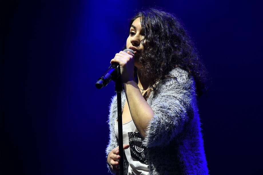 Alessia Cara has signed on as part of the inaugural Botánica Music & Arts Festival on March 3 and 4. Photo: Gary Gershoff, Getty Images For IHeartMedia