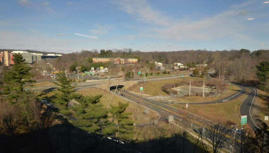 Looking north up Main Ave. with the intersection of the Merritt Parkway in the foreground on Monday January 30 2017, in Norwalk Conn. Photo: Alex Von Kleydorff / Hearst Connecticut Media / Connecticut Post