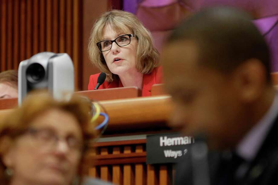 Senator Catharine Young, chair of the Finance Committee, questions New York City Mayor Bill de Blasio during the New York State Legislature joint budget hearing on Monday, January 30, 2017, in Albany, N.Y.  (Paul Buckowski / Times Union) Photo: PAUL BUCKOWSKI / 20039567A