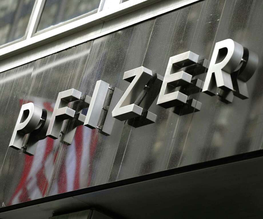 Pharmaceutical giant Pfizer announced fourth-quarter earnings that missed analyst expectations. Net income in the fourth quarter was $775 million, compared with a loss of $172 million in the year-ago period. Photo: AFP /Getty Images /File Photo / ImageForum