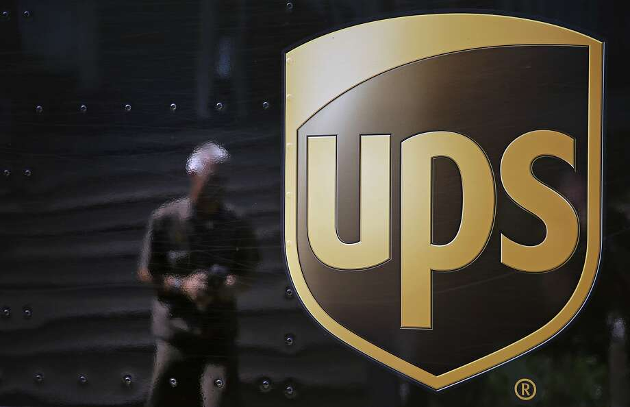 United Parcel Service is planning to add Saturday service to compete for e-commerce dollars. Photo: David Goldman, Associated Press