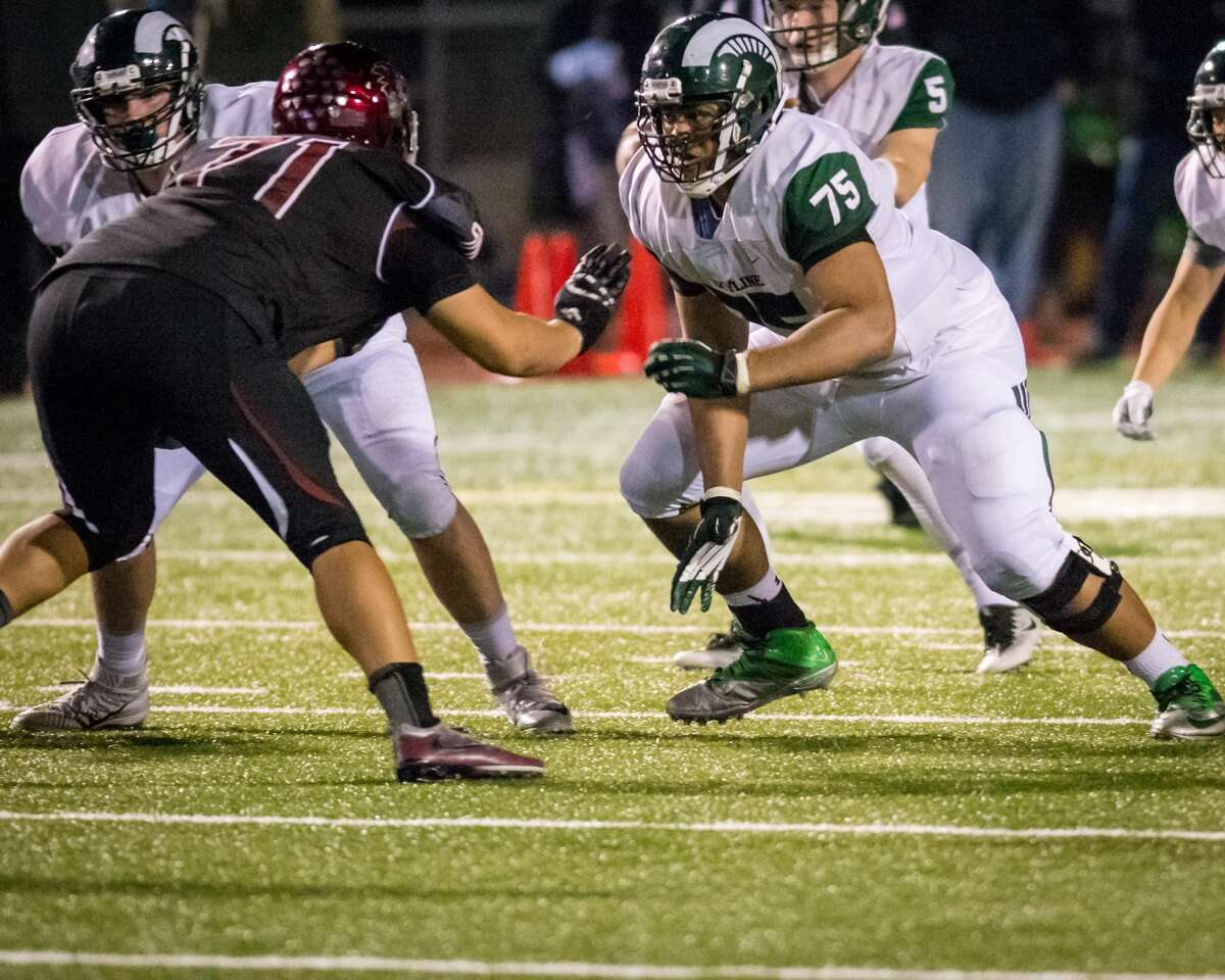 OL Henry Bainivalu6-foot-5, 285 poundsSkyline High School (Sammamish) 247:4 starsESPN:4 starsRivals:4 starsScout:4 stars Notes: One of the top players in the Pacific Northwest, Bainivalue was first-team 4A All-KingCo on the offensive and defensive lines his senior season.