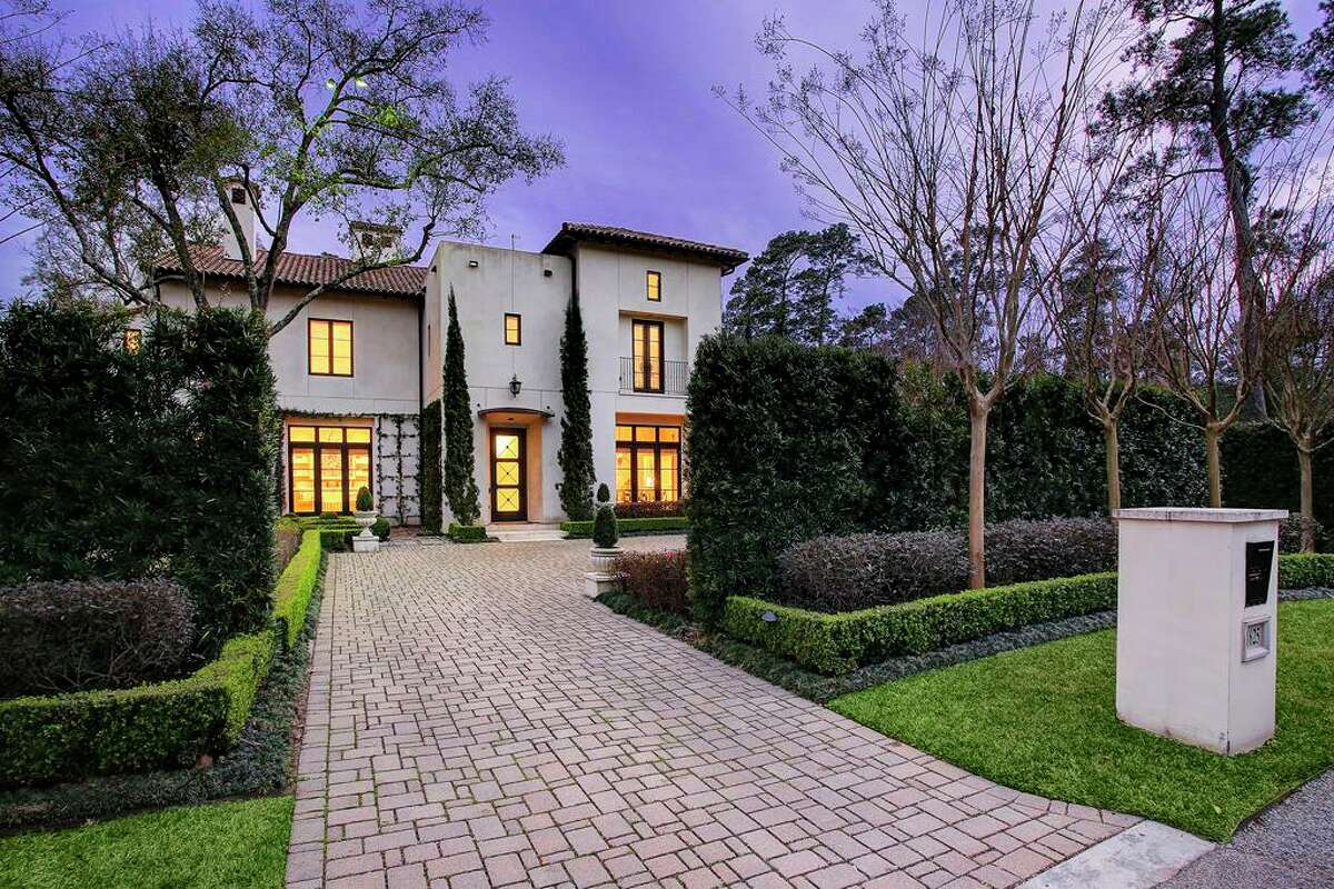 Galleria Area:11625 Blalock List price: $3.8 million Square feet: 7,580 Price per square foot: $501