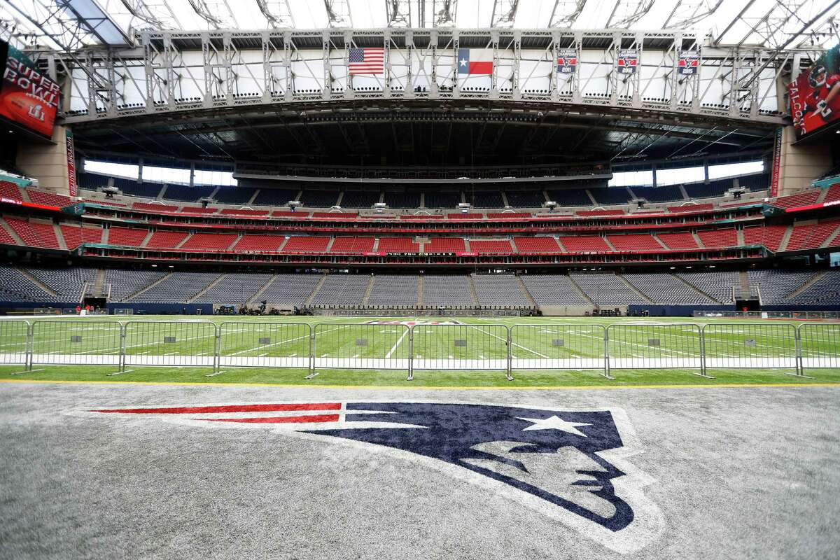 Anywhere near NRG Stadium Ground Zero on Super Bowl Sunday, the area will be a sea of security, press and lucky somebodies who scored tickets to the big game. Resist the urge to come and gawk from the car dealerships and restaurants nearby.
