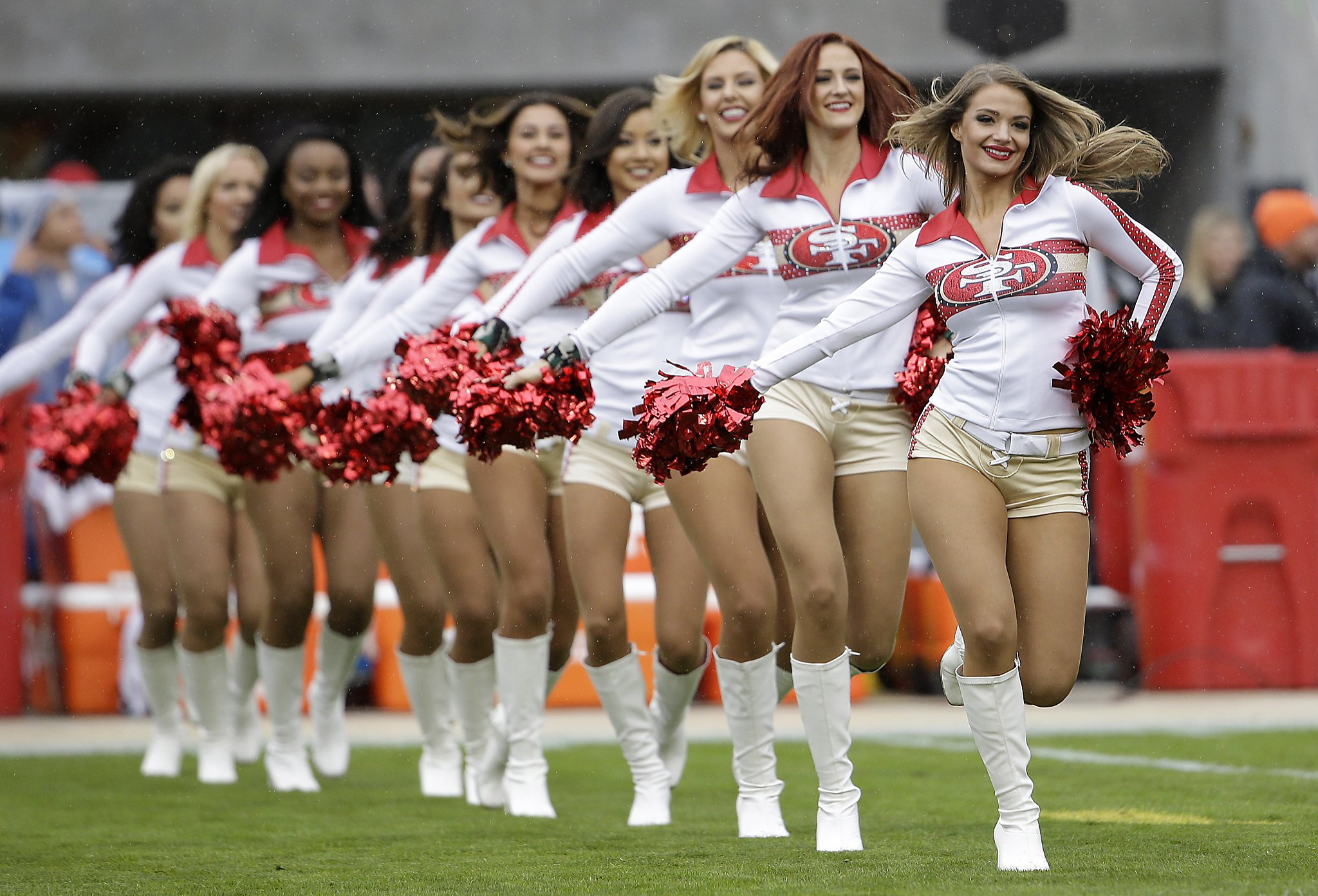 Judge tosses ex-49ers cheerleader's suit against NFL