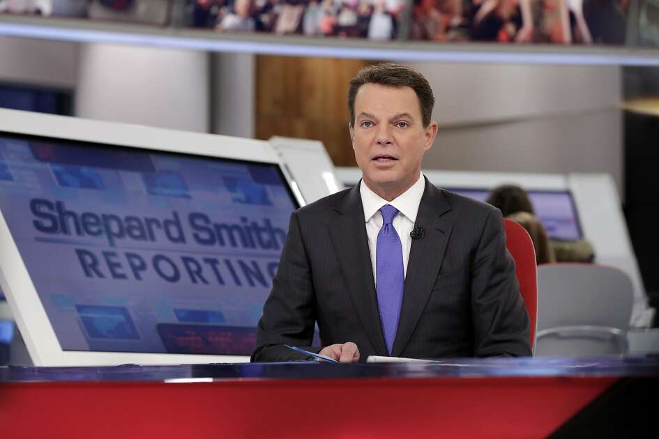 "Fox News Channel chief news anchor Shepard Smith broadcasts from The Fox News Deck during his ""Shepard Smith Reporting"" program, in New York, Monday, Jan. 30, 2017. (AP Photo/Richard Drew)"