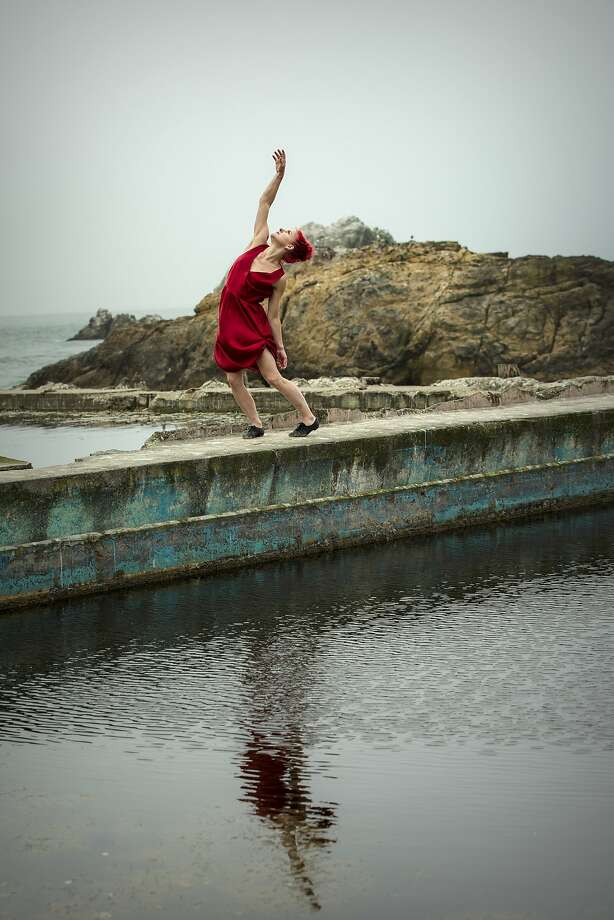 "Sonsherée Giles dances in Nancy Karp's ""Memory/Place."" Photo: John Hefti"