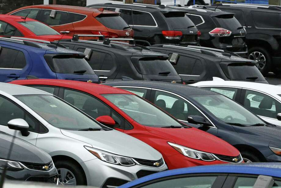 The country's auto debt hit a record in the fourth quarter of 2016, according to the Federal Reserve Bank of New York, when a rush of year-end car shopping pushed vehicle loans to a dubious peak of $1.16 trillion. Photo: Gene J. Puskar /Associated Press / Copyright 2017 The Associated Press. All rights reserved.