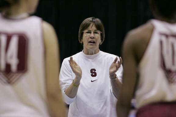 Stanford head coach Tara Vanderveer talks with team during practice at the women's NCAA college basketball regional tournament in Berkeley, Calif., Friday, March 27, 2009. Stanford will play Ohio State in a regional semifinal on Saturday. (AP Photo/Paul Sakuma)