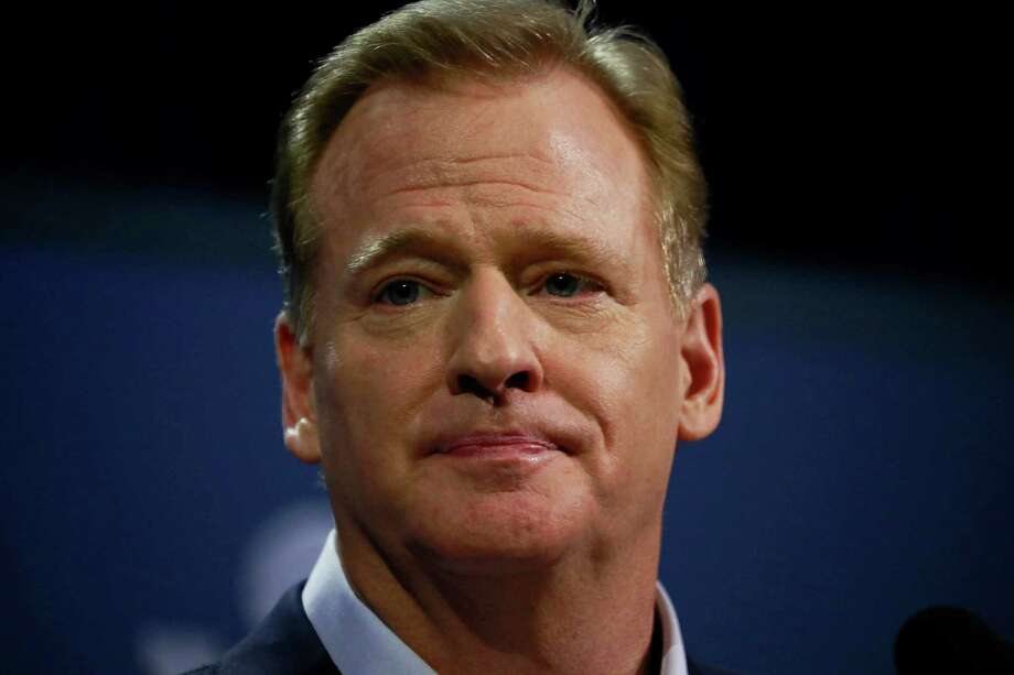 Roger Goodell, the NFL commissioner, speaks during a news conference at the convention center in Houston, Feb. 1, 2017. Super Bowl LI  is on Sunday. (Doug Mills/The New York Times) ORG XMIT: XNYT84 Photo: DOUG MILLS / NYTNS