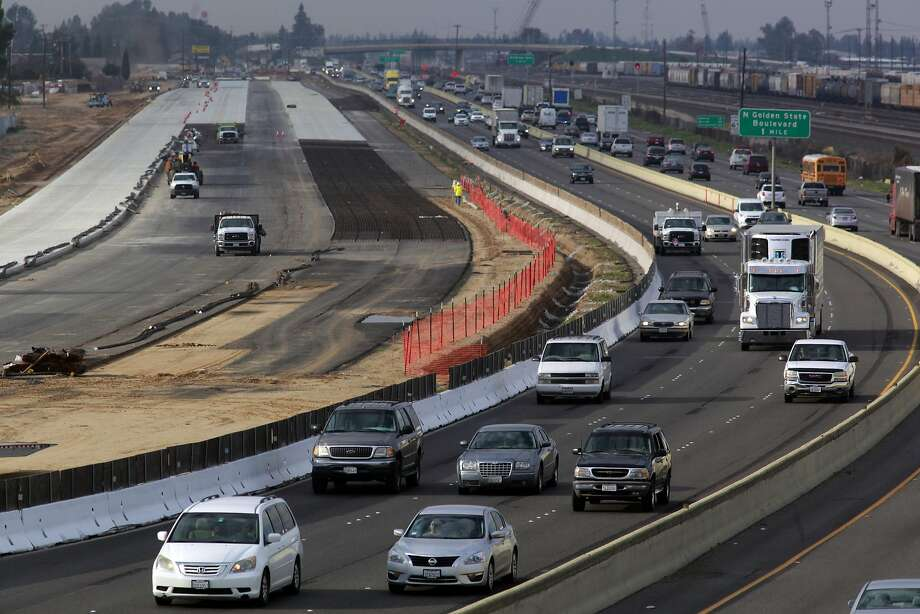 Highway 99 had to be moved over one hundred feet for two miles to make room for the California high-speed rail system, seen from the W. Clinton AVe. overpass in Fresno, Ca. on Wednesday Feb. 1, 2017. Photo: Michael Macor, The Chronicle