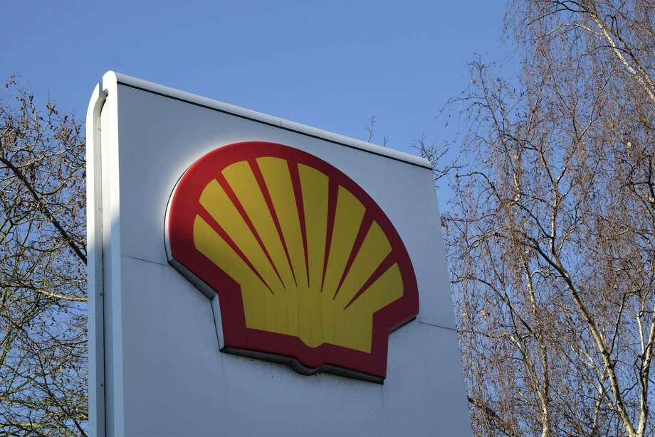 Shell reported quarterly adjusted profit of $1.8 billion, a billion dollars short of analysts' expectations. Performance fell short at all three of Shell's main units: exploration and production, refining and natural gas. Yet cash flow jumped 69 percent from a year earlier to more than $9 billion. Photo: Associated Press /File Photo / Copyright 2017 The Associated Press. All rights reserved.