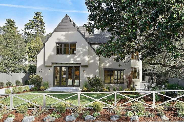 6464 Estates Drive in Oakland rests on roughly half an acre and offers more than 3,000 square-feet of living space.