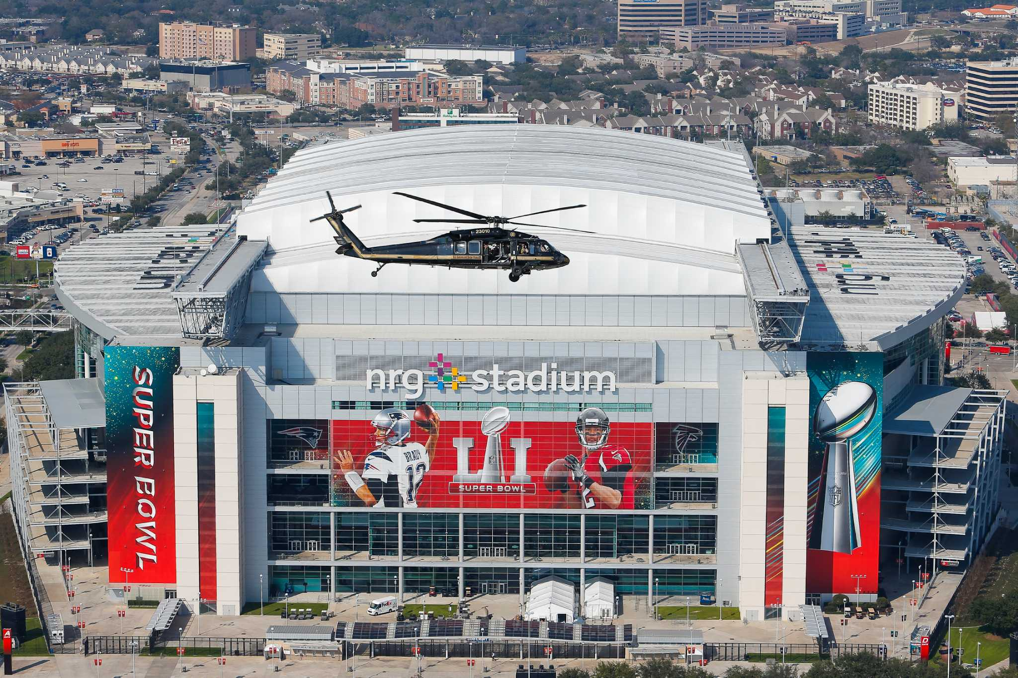nrg stadium roof closed for super bowl 51 houston chronicle. Black Bedroom Furniture Sets. Home Design Ideas