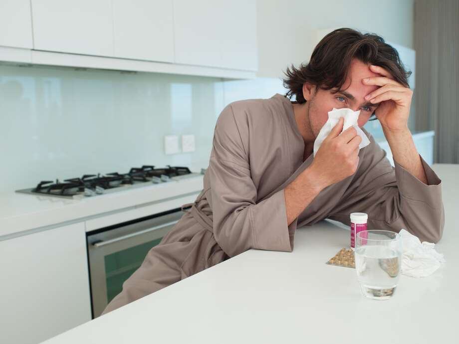 LISTED: 10 easy ways to prevent getting the flu Do you have a common cold or do you have the flu, that dreaded illness that's been running rampant through the state of Texas? It's easy for some of us to use the two terms interchangeably but according to Harris County Public Health there are several differences.See ways that you can stop the flu before it starts... Photo: Chris Ryan, Getty Images