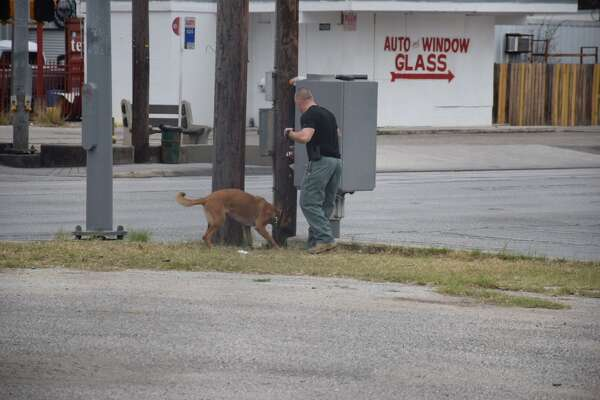 Police, firefighters, a bomb squad, a K-9 unit and VIA authorities responded to the scene after reports of a suspicious bag came in around 8:40 a.m. at the intersection of Poplar Street and Zarzamora Street on February 3, 2017.