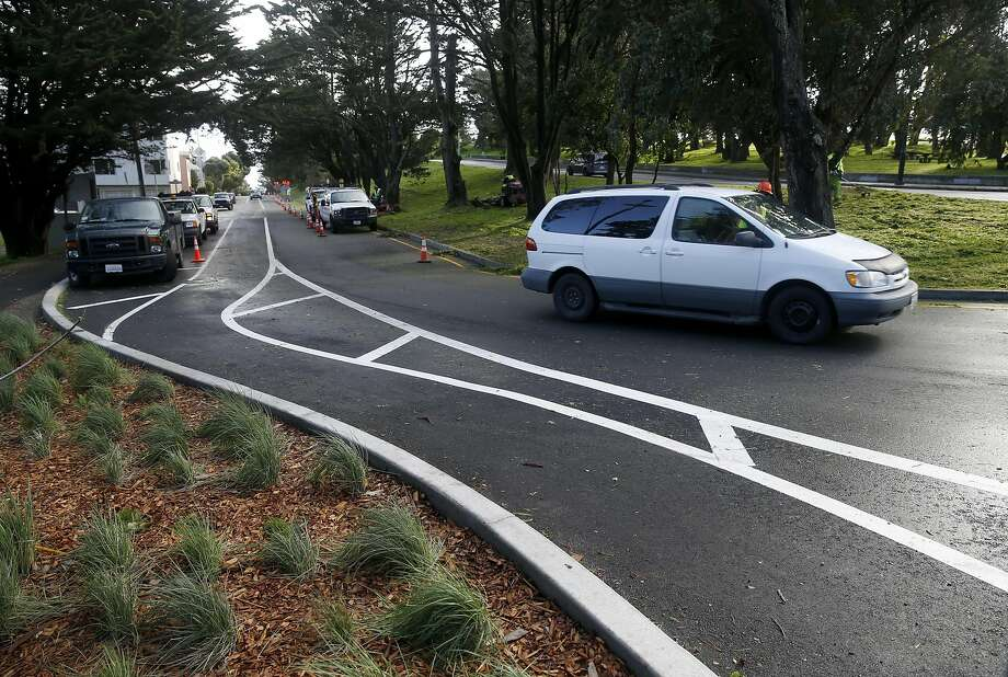Westbound traffic on Mansell Street is diverted around a new pedestrian path through McLaren Park. Photo: Paul Chinn, The Chronicle