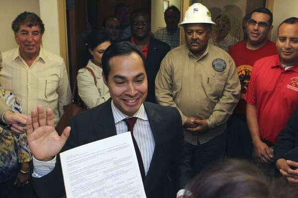 Mayor Julián Castro takes an oath after filing for reelection at the City Clerk's office March 9, 2011. Paltry voter turnout is a norm in San Antonio. Castro was easily re-elected in 2011 and 2013, drawing 7.07 and 6.94 percent of registered voters, respectively.