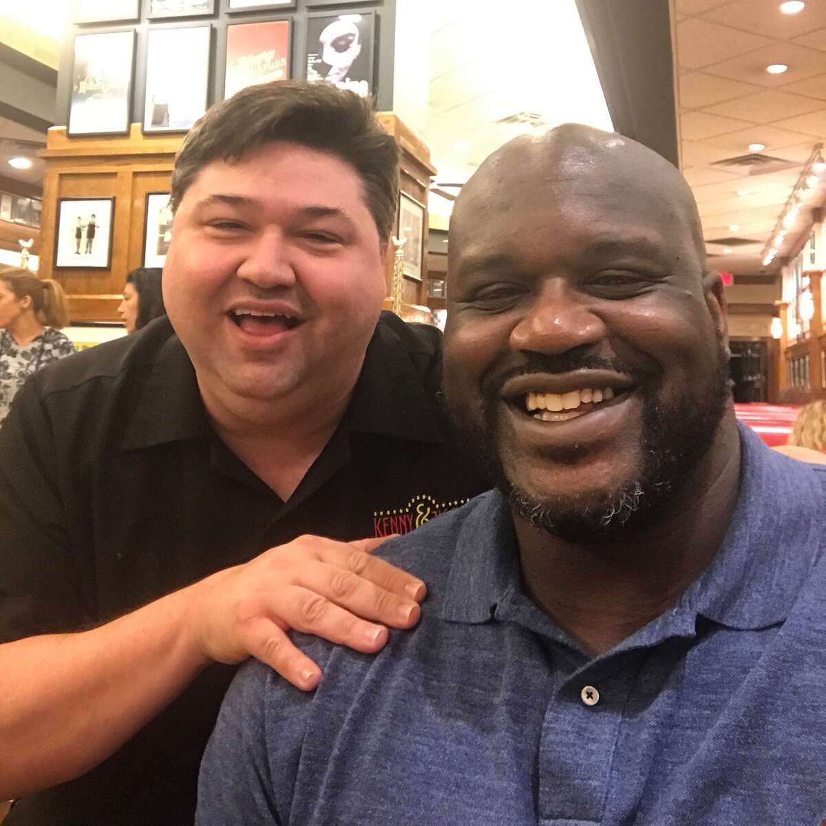 Shaquille O'Neal eats at Kenny & Ziggy's