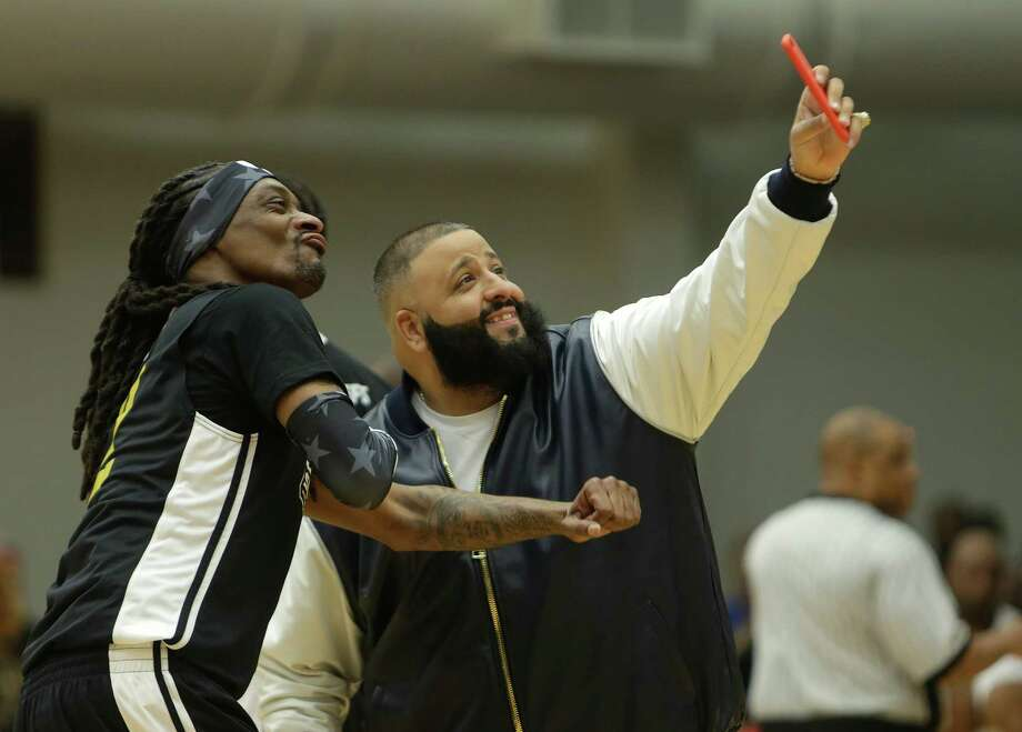 Snoop Dogg poses for a photo with DJ Khaled during the DraftKings Antonio Brown Celebrity Slam Basketball Game benefiting the Boys and Girls Club of Greater Houston at the Joe K. Butler Sports Complex, Friday, Feb. 3, 2017, in Houston. Photo: Houston Chronicle / © 2017 Houston Chronicle