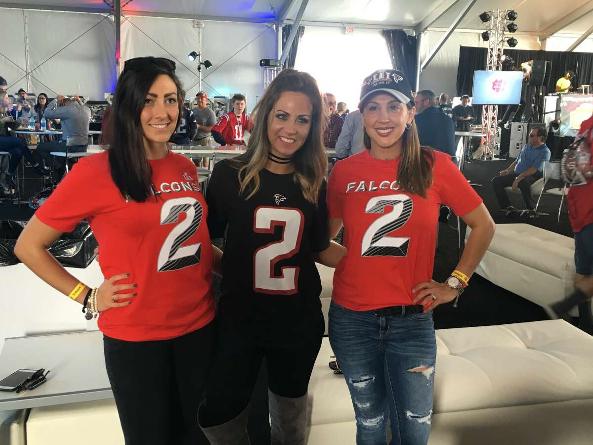 PHOTOS: A look inside Guy Fieri's $700-per-person Super Bowl tailgate near NRG Stadium. Atlanta Falcons fans inside the Guy Fieri Players Tailgate Houston near Super Bowl LI on Sunday afternoon. Browse through the photos for an inside look at the fancy tailgate party outside the Super Bowl.
