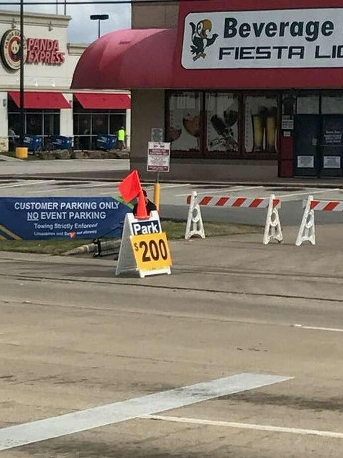 Parking near NRG Stadium reached new highs on Super Bowl Sunday, Feb. 5, 2017. Photo: Joseph Duarte/Houston Chronicle