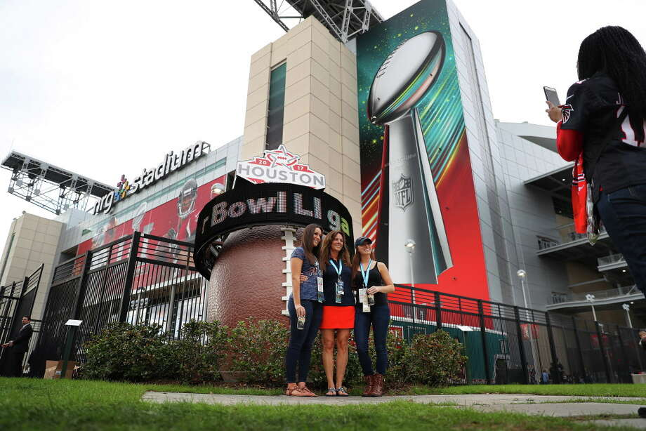 Super Bowl LI, by the numbers.  Photo: Michael Ciaglo, Houston Chronicle / Michael Ciaglo