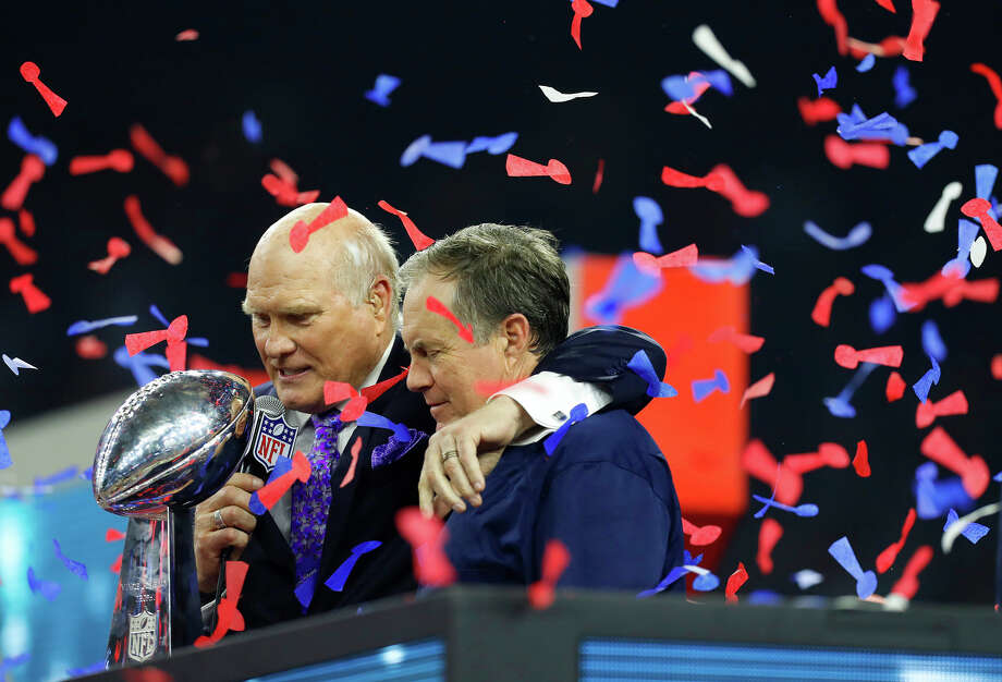Terry Bradshaw and New England Patriots head coach Bill Belichick after the Patriots defeated the Atlanta Falcons in Super Bowl LI at NRG Stadium on Sunday, February 5, 2017. ( Karen Warren / Houston Chronicle ) Photo: Karen Warren/Houston Chronicle
