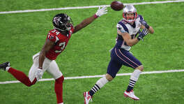 New England Patriots wide receiver Danny Amendola right, pulls in a pass past Atlanta Falcons cornerback Brian Poole during the second half of Super Bowl LI at NRG Stadium on Sunday, Feb. 5, 2017, in Houston. ( Jon Shapley / Houston Chronicle )