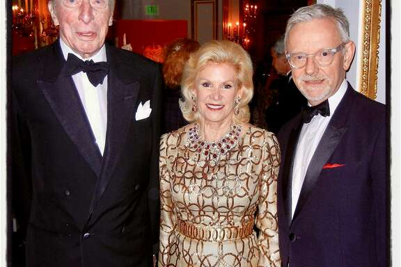 The late Dolph Andrews (left) celebrates the reopening of the Salon Dore with FAM Board chairwoman Dede Wilsey and FAM curator Martin Chapman at the Legion of Honor. April 2014.