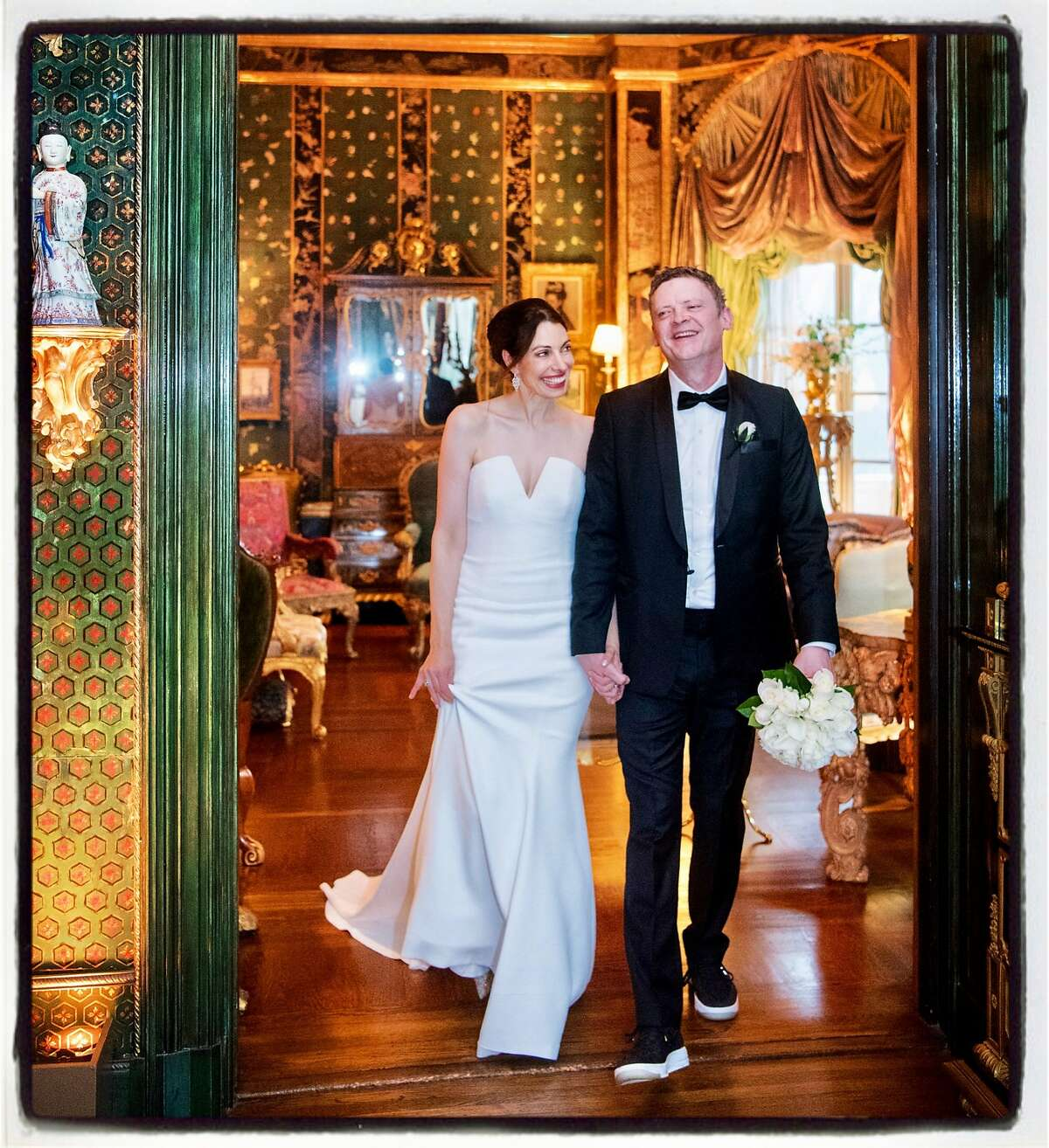 Newlyweds Shannon Bavaro and Peter Getty tied the knot at a black-tie wedding at the holidays. December 2016