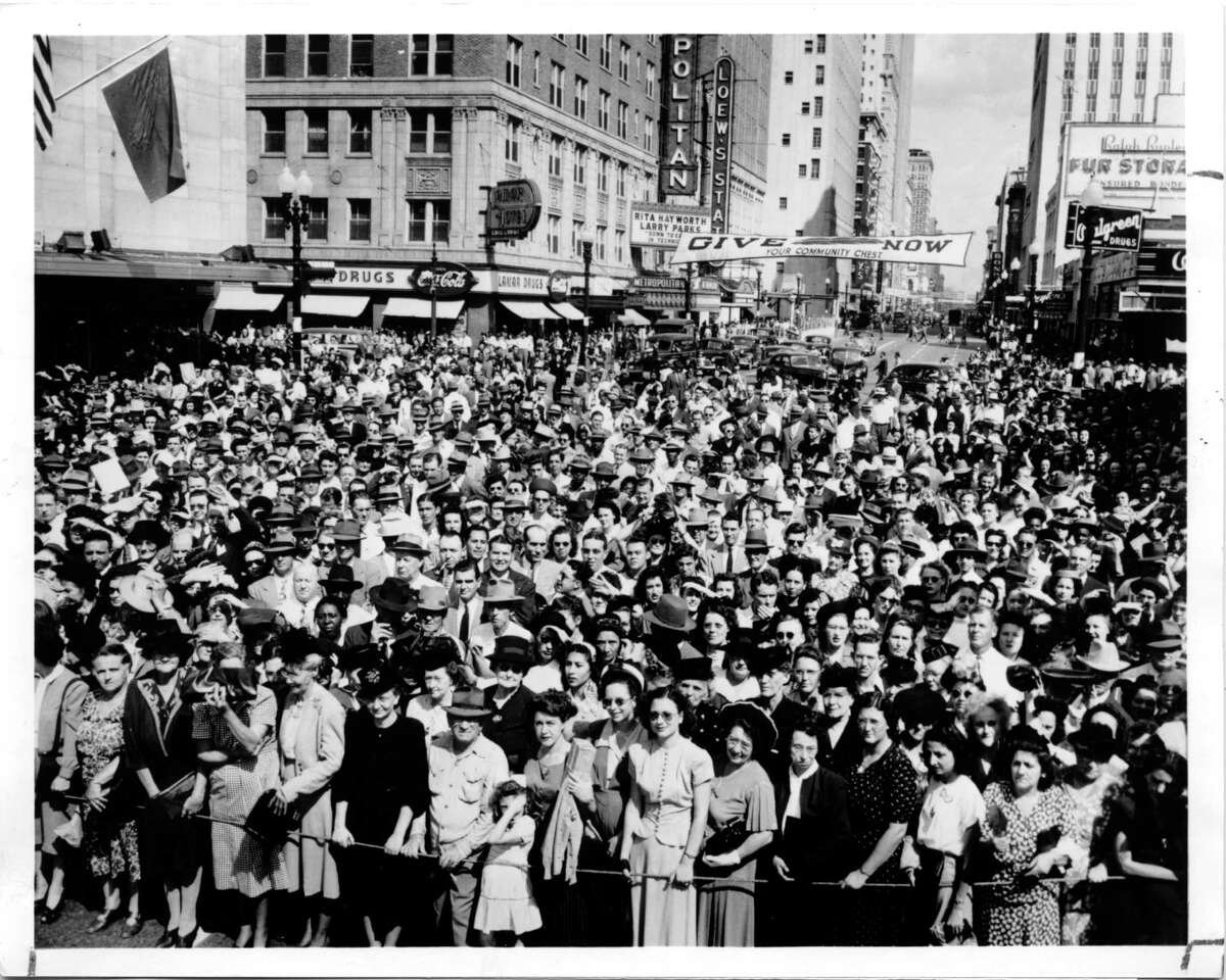 On October 20, 1947 a big crowd turns out for Foley's Downtown Houston store grand opening.