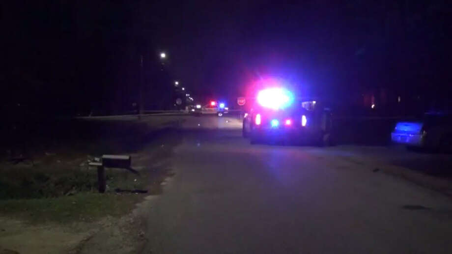 Houston police investigate after two men were found shot near the 8000 block of Record Street in East Houston early Tuesday, Feb. 7, 2017. Photo: Metro Video