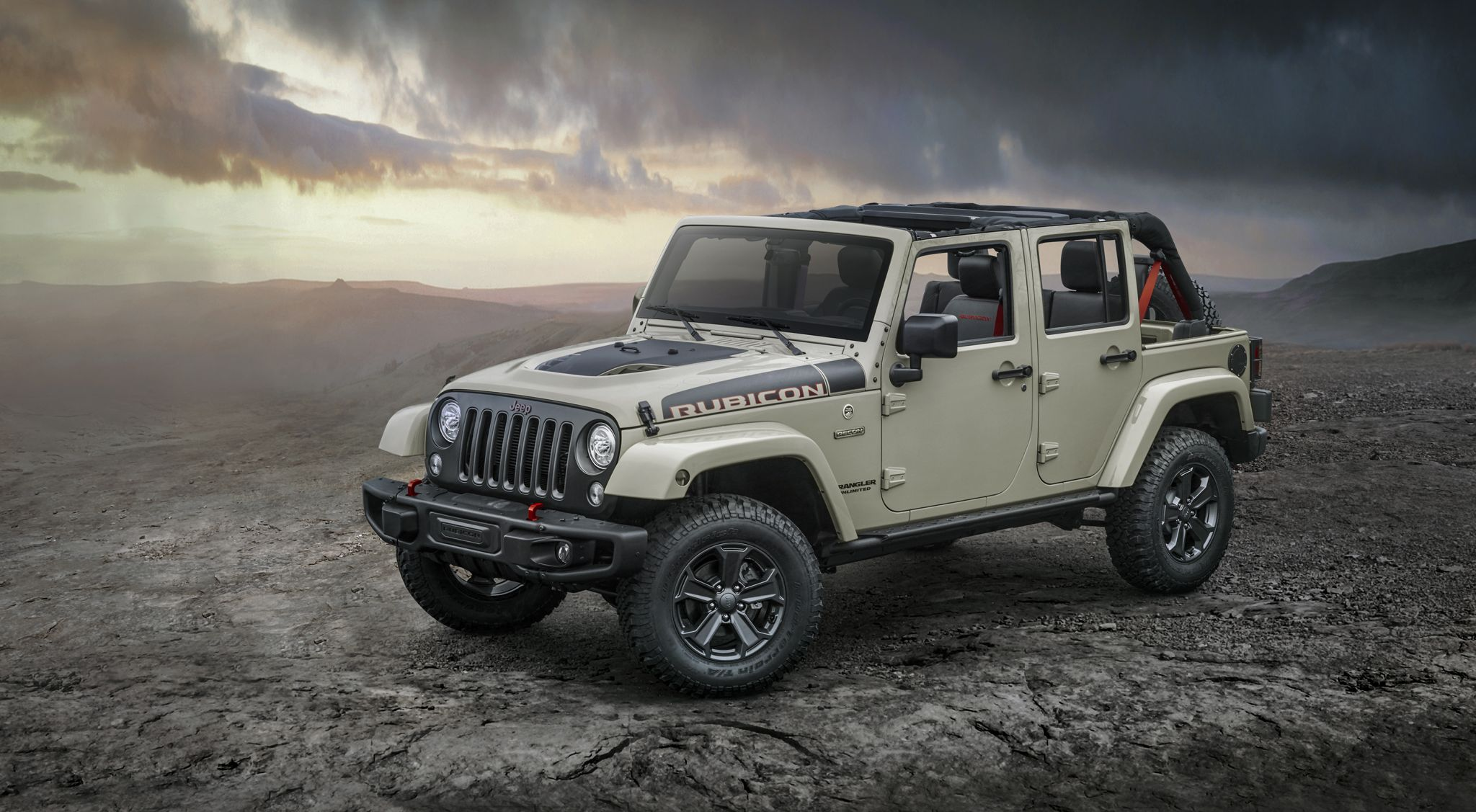 New 2017 Jeep Wrangler Rubicon Recon ready to tackle the trail