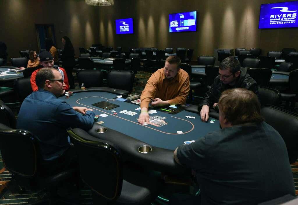 Rivers casino card games reporting internet gambling winnings