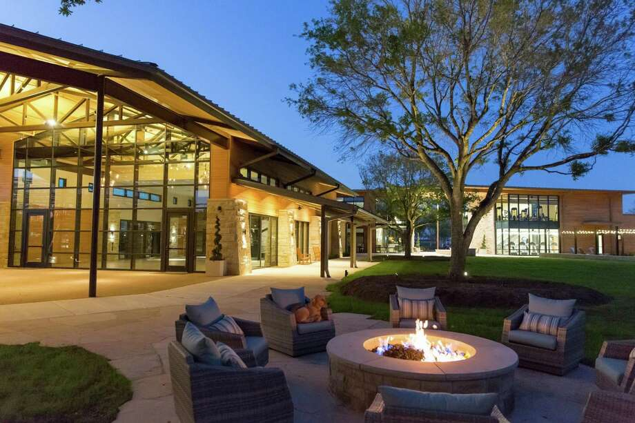 Katy's Cane Island, a master-planned community by Rise Communities, features Amenity Village. Photo: Rise Communities