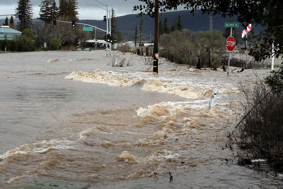 The intersection of Routes 12 and 121is overrun with floodwaters in Sonoma, Calif., on Tuesday, February 7, 2017. Photo: Scott Strazzante, The Chronicle