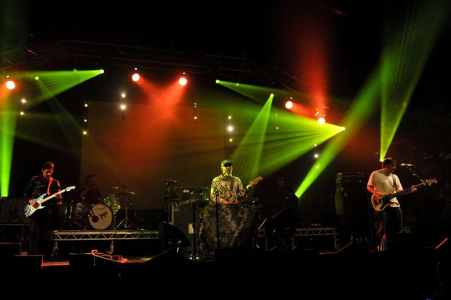 (L-R) Jim Fairchild, Jason Lytle and Kevin Garcia of the band Grandaddy perform on stage during End Of The Road Festival at Larmer Tree Gardens on September 2, 2012 in Salisbury, United Kingdom.  Photo: Andy Sheppard, Redferns Via Getty Images