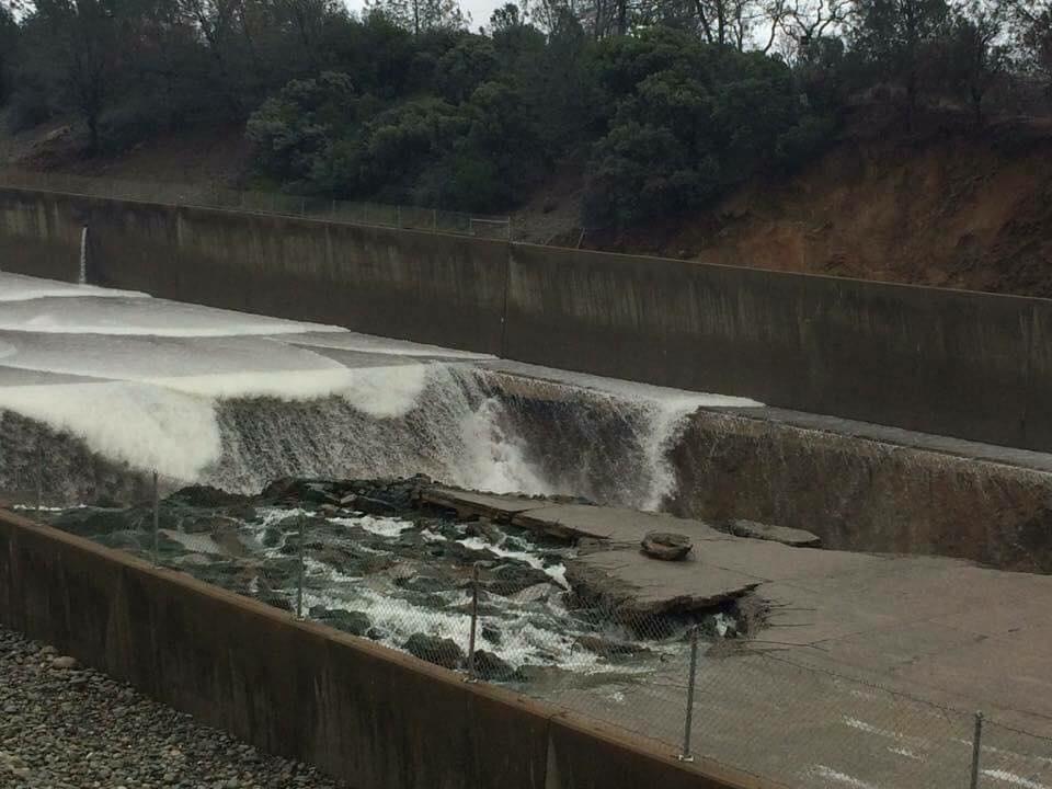 DWR investigates concrete erosion at Oroville Dam - SFChronicle com