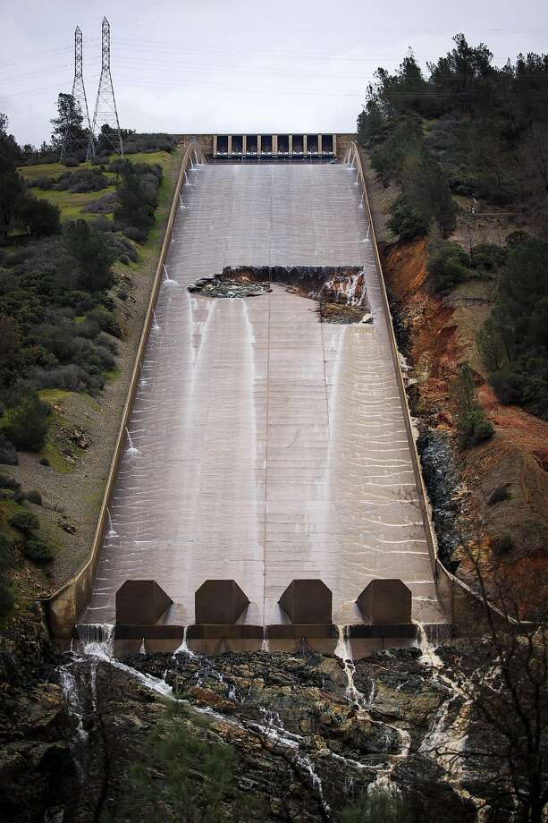 A hole was torn in the spillway of the Oroville Dam while releasing approximately 60,000 cubic-feet-second of water in advance of more rain on February 7, 2017 in Oroville, California. Photo: Max Whittaker / Special To The Chronicle 2017