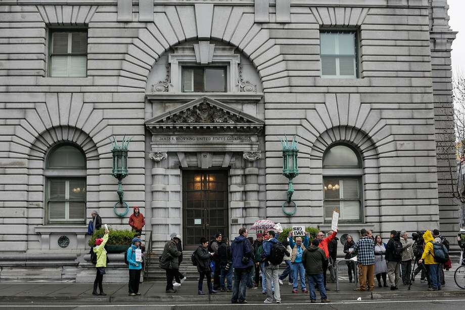People gather to demonstrate outside of the Ninth Circuit Court of Appeals which is hearing the travel ban case today in San Francisco, California, on Tuesday, Feb. 7, 2017. Photo: Gabrielle Lurie, The Chronicle