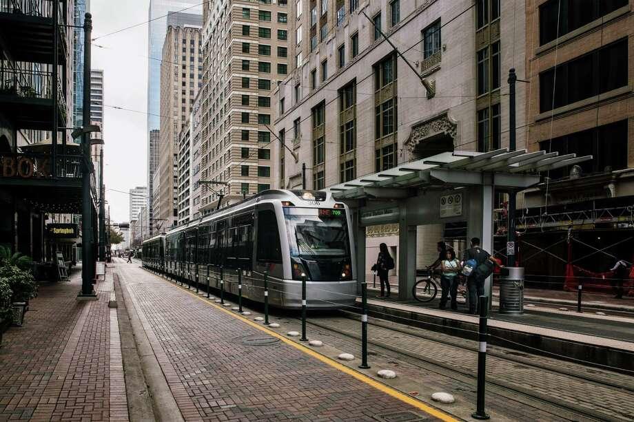 MetroRail in downtown Houston. (Bryan Schutmaat/The New York Times) Photo: BRYAN SCHUTMAAT, STR / NYTNS