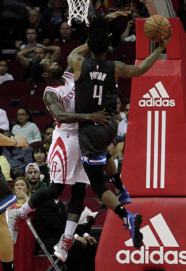 Guard Pat Beverley, left, helped the Rockets build a lead with defense on the Magic's Elfrid Payton, then scored nine points in the fourth quarter when the game became tighter than expected. Photo: James Nielsen, Staff / © 2017  Houston Chronicle