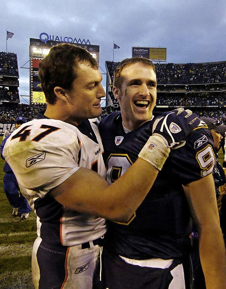 John Lynch (left), with then-Chargers quarterback Drew Brees in 2004, said elite QBs could make him feel helpless during his career. Photo: DENIS POROY, AP