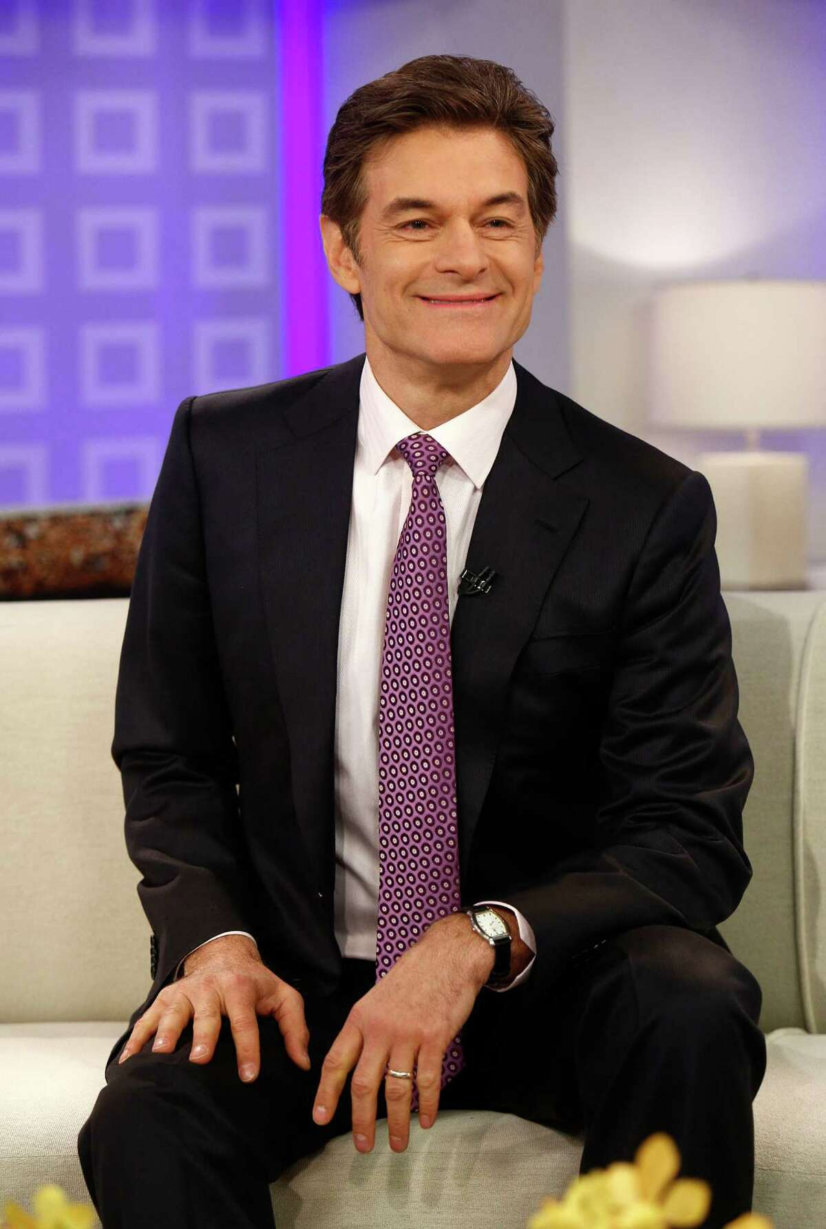 Dr. Mehmet Oz will make an appearance Saturday at Memorial City Mall.