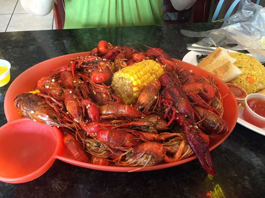 Hank's Cajun Crawfish    10800 Bellaire Houston, TX 77072Demerits: 68                                                          Inspection Highlights: Observed hot water 90 degrees F at the three compartment sink. Food services operation is ceased.Photo: Yelp/Charena C.  Photo: Yelp
