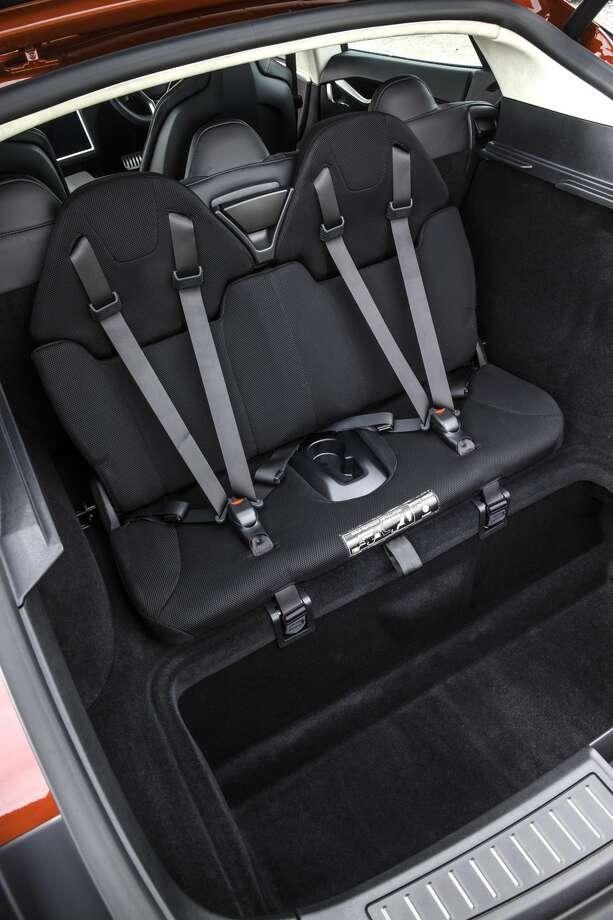 Rear-facing jump seats in a Tesla Model S. Photo: Jumpseat0208